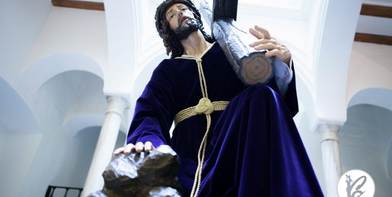 Resultado de imagen de madrid espera al cristo de las tres caida